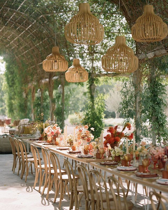 Alllll the heart eyes for this beautiful San Miguel de Allende setting designed and hosted by one of our favs @jessetombs